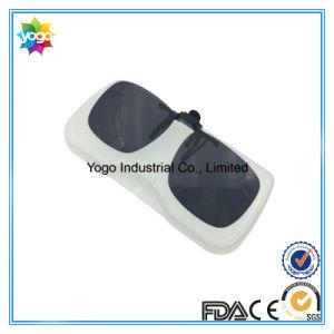 Ce FDA Fashion UV400 Polarized Clip on Sunglasses pictures & photos