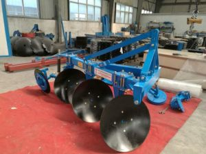 Popular Reliable One Way Disc Plough Without Scraper pictures & photos