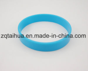 Wholesale Custom Silicone Wristband with Thb-058 pictures & photos