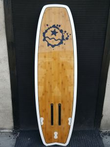 EPS Kite Surfboard with Bamboo Veneer, The Kite Surfboard with PVC Reinforcement pictures & photos