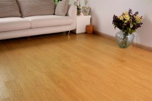 12mm Wearable Laminate Flooring pictures & photos