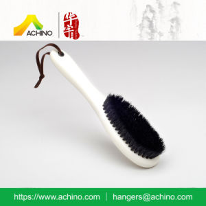 White Wooden Clothes Brush for Hotel (AHWB103-White) pictures & photos