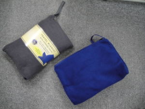 Polar Fleece Solid Color Travel Blanket pictures & photos
