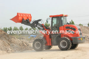 Everun Brand CE Certificated Articulated 2.0 Ton Compact Loader pictures & photos