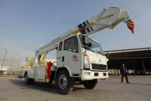 Sinotruk 4X2 Lifting Platform Truck pictures & photos