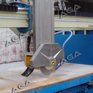 Automatic Bridge Saw for Cutting Granite Marble Stones with 45 Blade Tilting pictures & photos