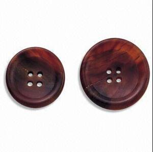 Fashion Hot Selling Garment Clothing Apparel Real Horn Button pictures & photos