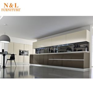 Morden Wood Kitchen Furniture Wooden Kitchen Cabinet with Blum Hinges pictures & photos