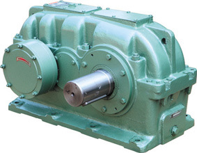 Dcy Hard Teeth Surface Gear Box pictures & photos