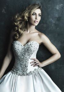 Satin Sweetheart Lace-up Back Wedding Dress Bridal Gown (Dream-100032) pictures & photos