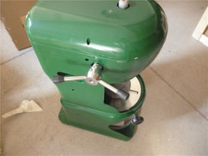 Commercial Electric Ice Razor for Making Shaved Ice (GRT-A288) pictures & photos