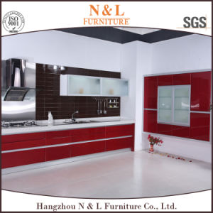 Custom Made Modern MDF Lacquer Kitchen Cabinet pictures & photos