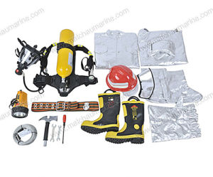 Fire Fighting Suit for Fire Fighting Equipment Fireman′s Outfit pictures & photos