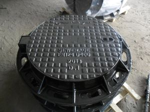 Sanitary Sewer Cast Iron Stormdain Manhole Covers En124 pictures & photos