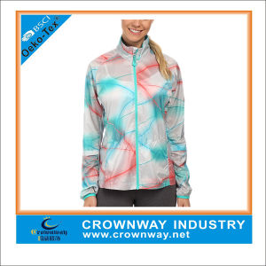 China 100% Polyester Graphic Lightweight Waterproof Jacket for