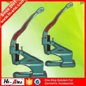 20 QC Staffs Ensure The Quality Cheaper Plier Snap Button pictures & photos