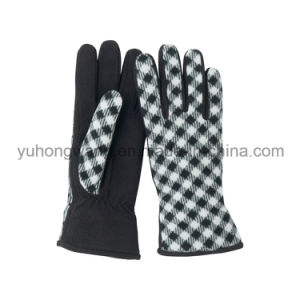 Lady Warm Single Layer Polar Fleece Printed Gloves/Mittens pictures & photos