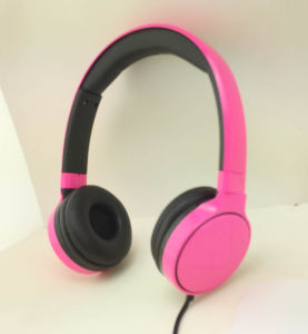 Best Quality Wired Stereo Headphone From China Factory pictures & photos