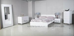 Bedroom Furniture/Modern Wooden UV High Gloss White Dresser (10353) pictures & photos