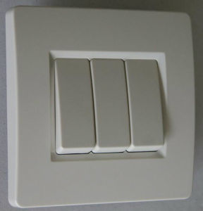 3-G Screwless Wall Switch/Rocker Switch PC Material pictures & photos