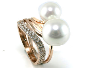 Hot Sale Woman′s Fashion Pearl Ring 925 Silver Jewelry (R10353) pictures & photos