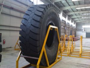 Radial Giant OTR Tyre (2700R49, 4000R57) for Mining Haul Truck pictures & photos