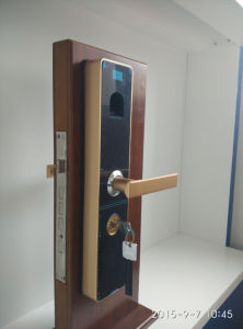 Touch Screen Fingerprint Keypad Door Lock (UL-880) pictures & photos
