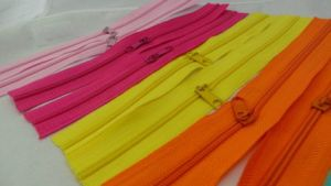 3#, 4#, Nylon Zipper with Good Quality Open-End Normal Slider pictures & photos