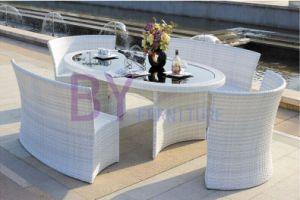Luxury White Outdoor Villa PE Rattan Furniture with Oval Table pictures & photos