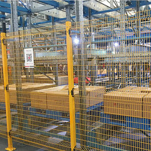 Mesh Fencing Made of Steel Wire for Racking pictures & photos
