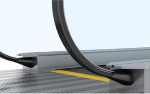 Qualified Moving Sidewalk Passenger Conveyor with Vvvf pictures & photos