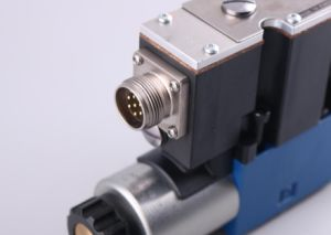 Hydraulic Directional Proportional Valve pictures & photos