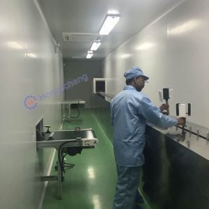 Turnkey Automatic UV Varnish Spray/Painting Line for Plastic Moulds pictures & photos