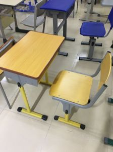 Fashion Single School Classroom Student Adjustble Desk with PE Chair pictures & photos