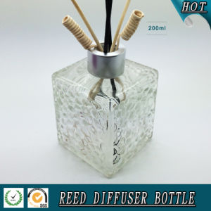 200ml Water Cube Glass Reed Duffuser Bottle with Matte Silver Cap pictures & photos