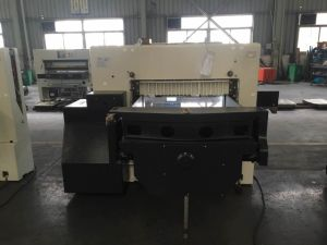 Program Control Paper Cutting Machine (92E) pictures & photos
