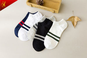 Summer Men Short Invisible Socks pictures & photos