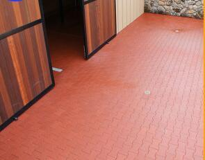 Best Quality Red Color Stable Rubber Flooring, Rubber Stable Floor Tile pictures & photos