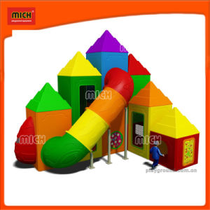 Small Outdoor Plastic Tunnel Slide Playground pictures & photos