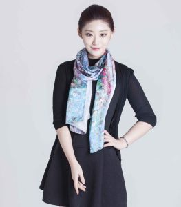 2017 Printed Silk Women Scarf From Shanghai pictures & photos