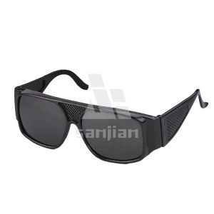 PC Welding Protective Eyewear Lens and Frame One Piece Chemical Safety Glasses/Goggles pictures & photos
