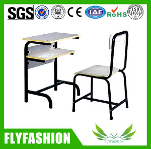 Metal Frame Popular School Desk and Chair (SF-69S) pictures & photos