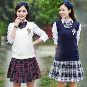 OEM Manufacturer 100% Cotton Girls School Uniform pictures & photos