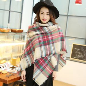 Hot Sale Customized Classic Acrylic Soft Pashmina Square Plaid Scarf pictures & photos