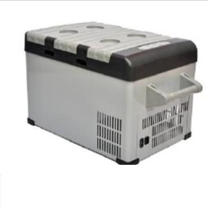 Portable 52L DC Refrigerator for Car pictures & photos