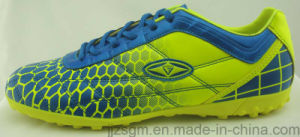 2016 Fashion Football / Soccer Shoes for Men pictures & photos