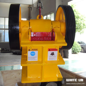 Lab Jaw Crusher PE-150X250 (1-3 tph) pictures & photos