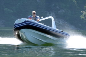 Liya Branded Product China Rib 5.2m Fiberglass Rigid Inflatable Boat (HYP520D) pictures & photos