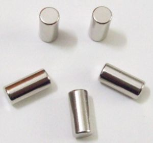 2017 Strong Sintered NdFeB Cylinder Magnet pictures & photos