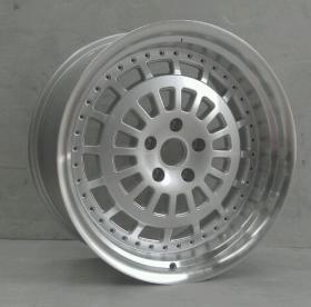 Factory Supply Beautiful Alloy Wheel pictures & photos